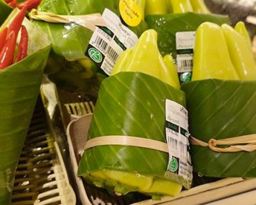 Supermarket Started Using Leaves Instead Of Plastic To Pack Vegetables
