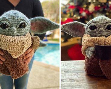 "Crocheted Child Baby ""Yoda"" Amigurumi That You Can Make Yourself"